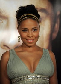 Sanaa Lathan -green dress